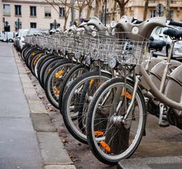 Op twee wielen door Parijs